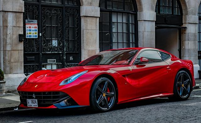 červený vůz