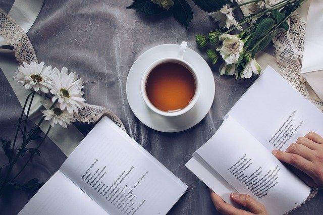 čaj ke čtení