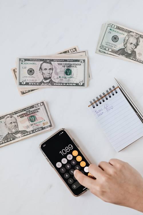 peníze kalkulačka